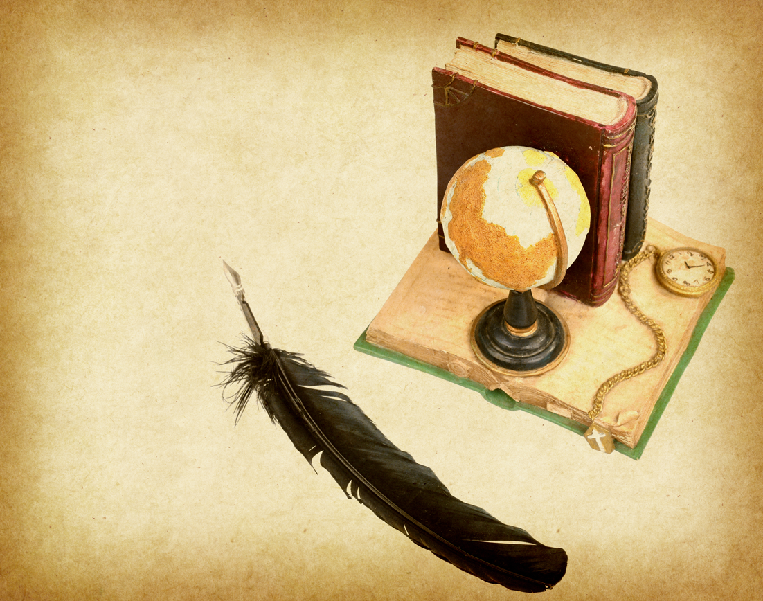 globe-with-book-pen-on-Old-ant-129552704